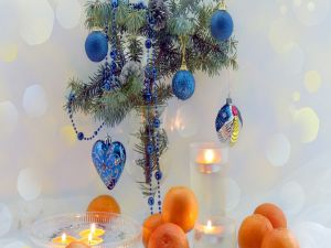 Christmas ornaments with tangerines