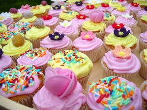 Cupcakes pink and yellow colored