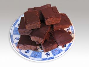 Square chocolate cakes