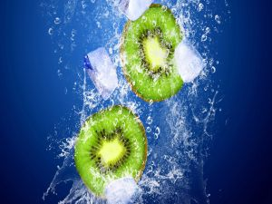 Kiwis with ices