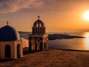 Sunset in Santorini (Greece)
