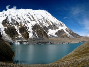 Tilicho Lake in Annapurna (Nepal)