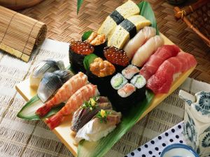 Japanese Food: Makizushi, Nigirizushi, Futomaki
