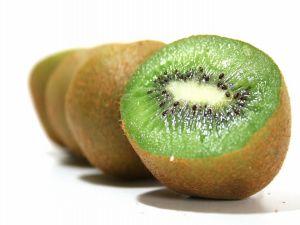 Kiwfruit, source of vitamins