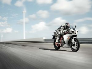 Speed ​​on a Yamaha R1