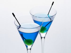 Cocktails color blue