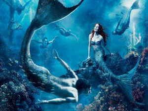 "Julianne Moore is ""The Little Mermaid"""