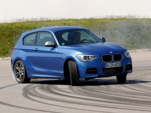 BMW M135i, blue
