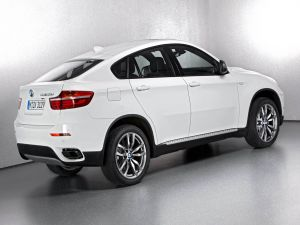 The side of a BMW X6