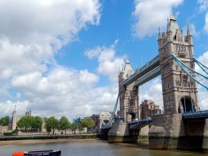 Tower Bridge crossing the River Thames (London)