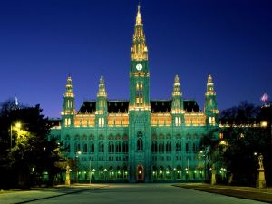 Vienna City Hall (Rathaus) lit