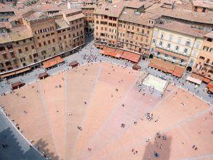 Piazza del Campo, Siena (Italy)