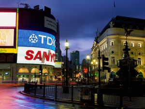 Night at Piccadilly Circus, London