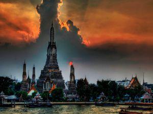 Buddhist temple Wat Arun in Bangkok
