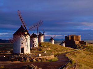 Windmills and castle in Consuegra, Toledo (Spain)