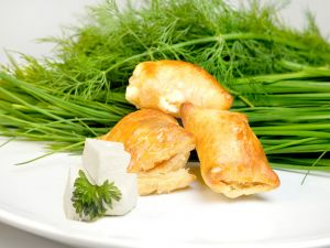 Puff pastry filled with fresh cheese