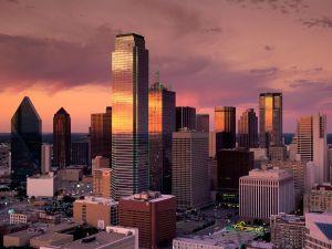 Night falls in Dallas