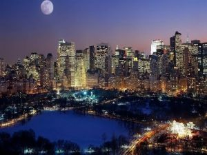 Full moon over the big city