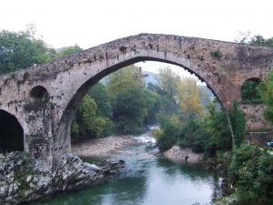 The Roman bridge and the Sella river in Cangas de Onis (Asturias)