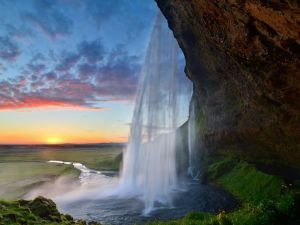 Waterfall and the sun in Iceland