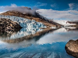 Wallpapers of glaciers and icebergs