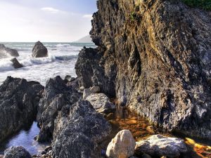Seawater stagnant on the rocks