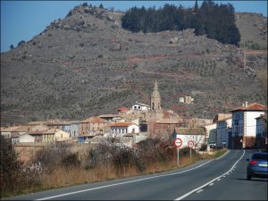 Road towards Mués (Navarra, Spain)